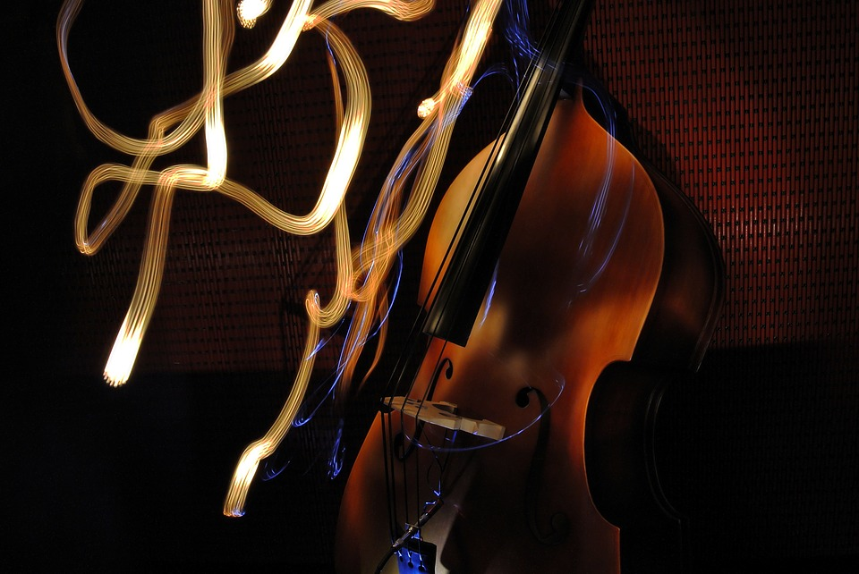 3 Tips for Carrying Your Upright Bass Without Hurting Yourself