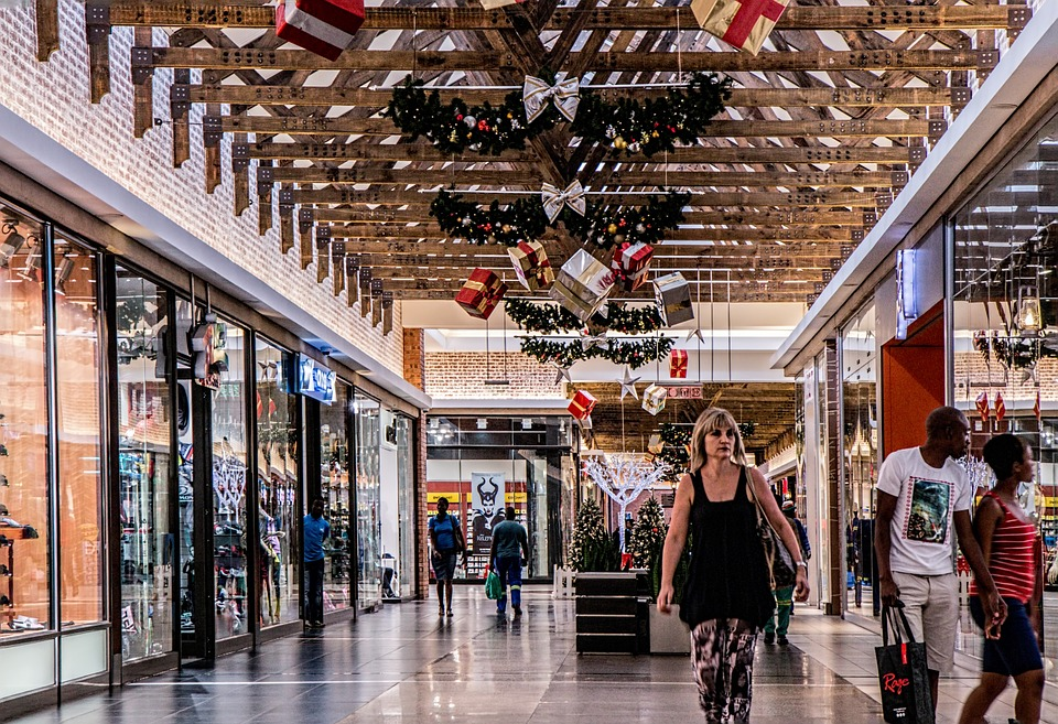 The Retail Evolution is Here to Stay: Keep Ahead with Retail Technology
